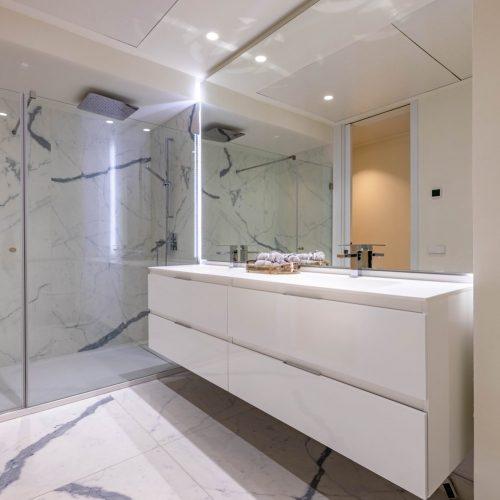 10-darya-estepona-bathroom-1500x1001