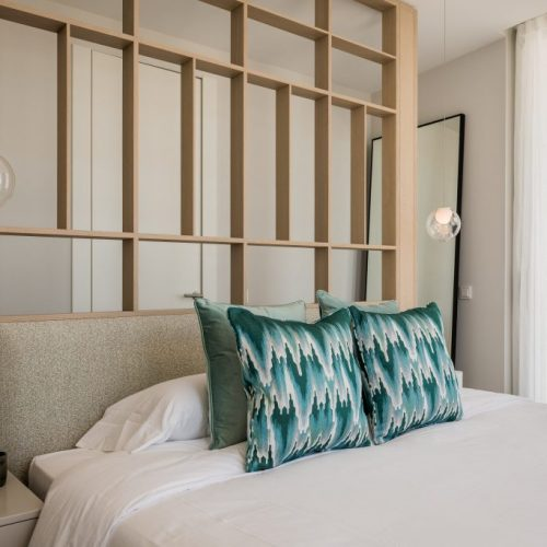 The-Edge-·-NVOGA-Developments-FG-Master-Bedroom-29-1024x6831-1