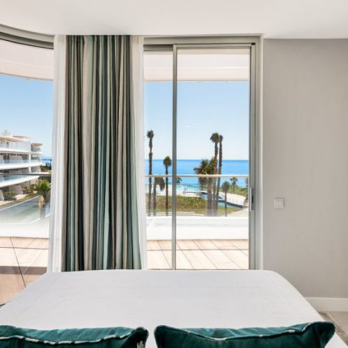 The-Edge-·-NVOGA-Developments-FG-Master-Bedroom-Seaviews-1-1024x5761-1