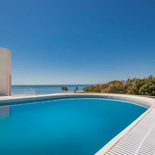 The-Edge-·-NVOGA-Developments-FG-Seaviews-Rooftop-Pool-11-1024x10241-1